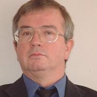 Dr Sean Holly